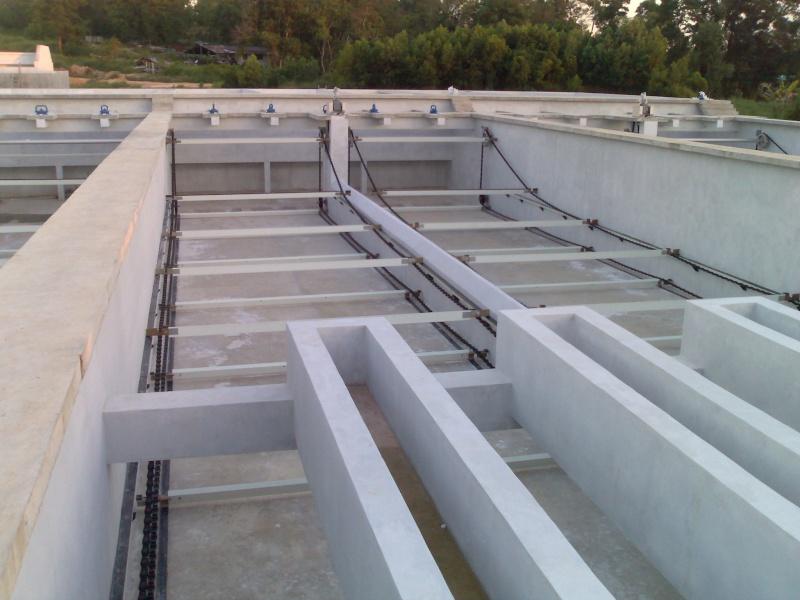 Bể lắng la men trong trạm xử lý nước thải 05052011