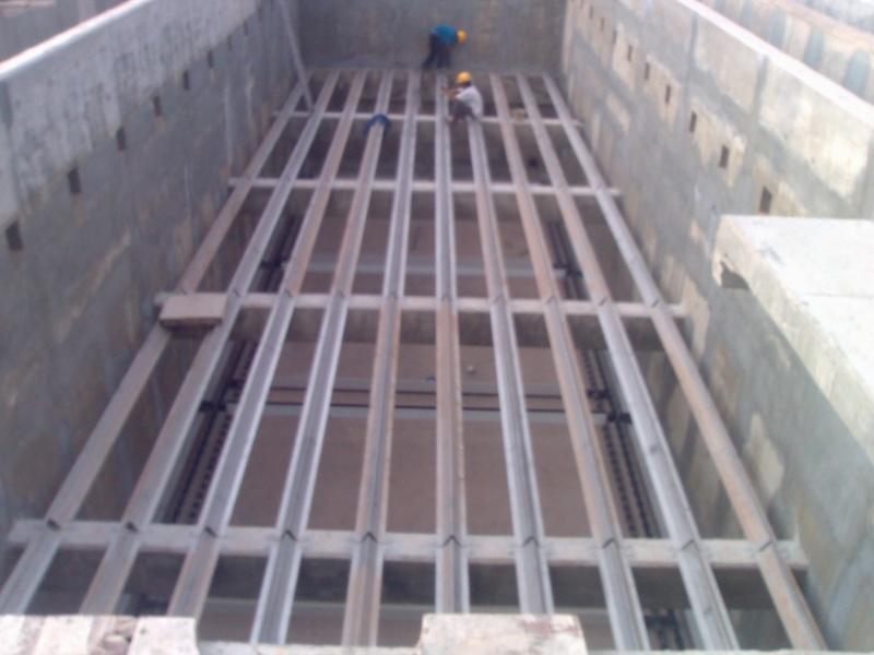 Bể lắng la men trong trạm xử lý nước thải 12052010