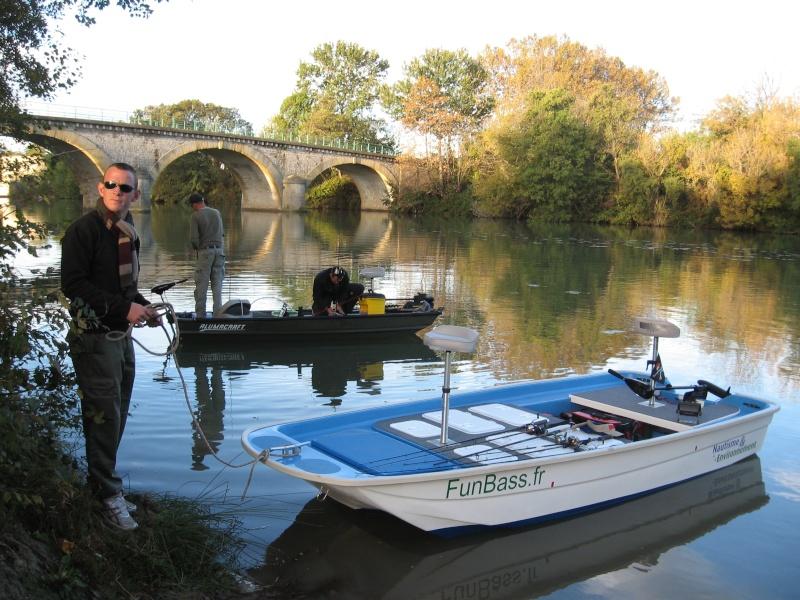 Un nouveau bassboat construit par un chantier naval français Img_1612