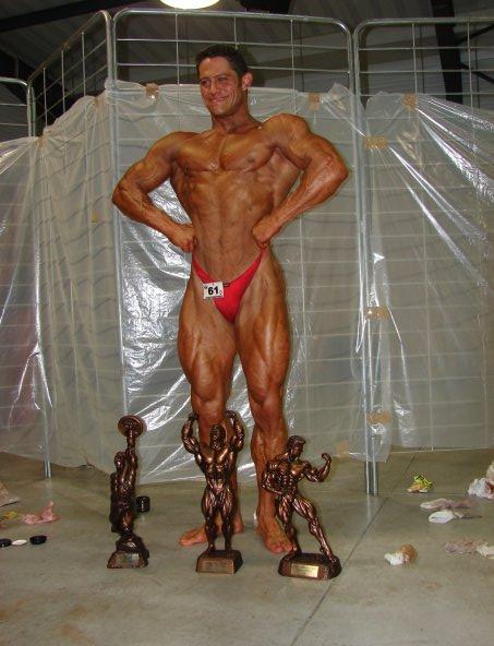 body - Ripert Body Show - La Ciotat (2 mai 2009) - Page 6 Chris410