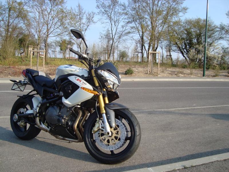 Benelli TnT 899's de 2009 4000Km Dsc01414