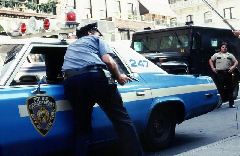 police 27770210