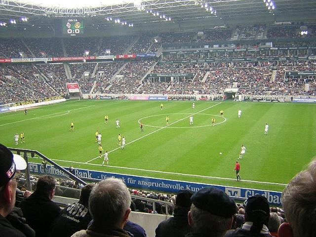 Estadio Borussia-Park, Alemania 800px-10