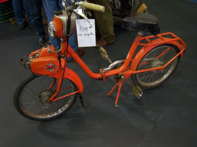 Mercadillo de motos antiguas en Goián (Pontevedra) 100_4539
