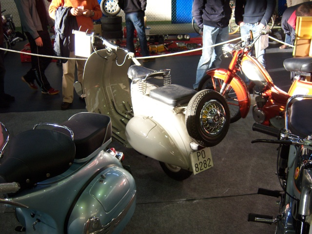 Mercadillo de motos antiguas en Goián (Pontevedra) 100_4551