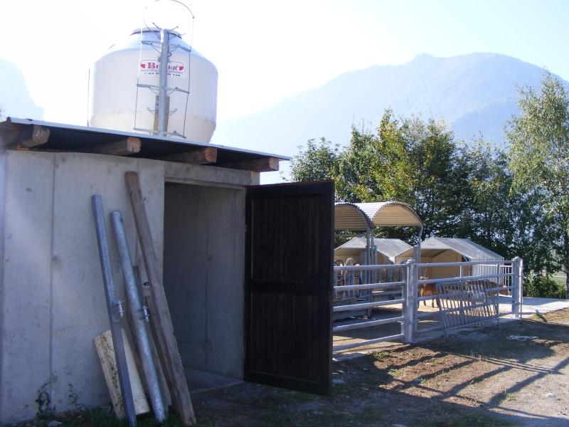 Exploitation laitière Savoie (73) Dscf0627
