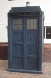 """PROFILE UPDATE: """"last seen"""" is now """"transforms into"""" - Page 3 Tardis11"""