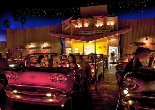Sci fi Dine-in Theater pics Scifi10