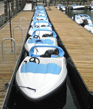 Boats at Poly Searay10
