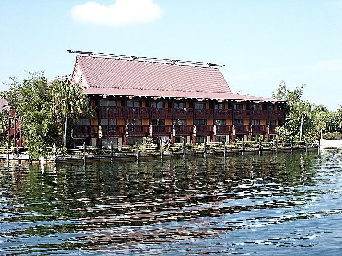Longhouses Tuvalu10