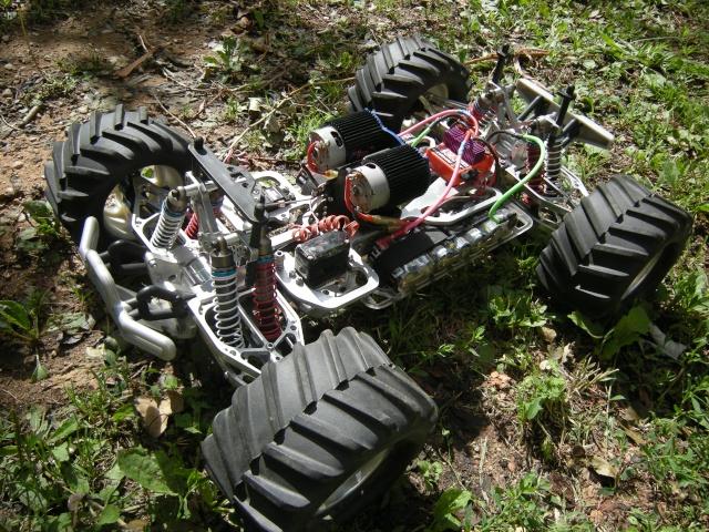 Mon monster electrique : BOMBMAXX Dscn1311