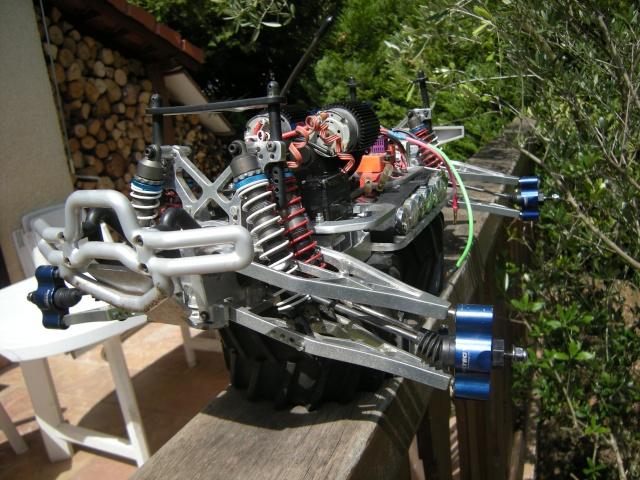 Mon monster electrique : BOMBMAXX Dscn1412