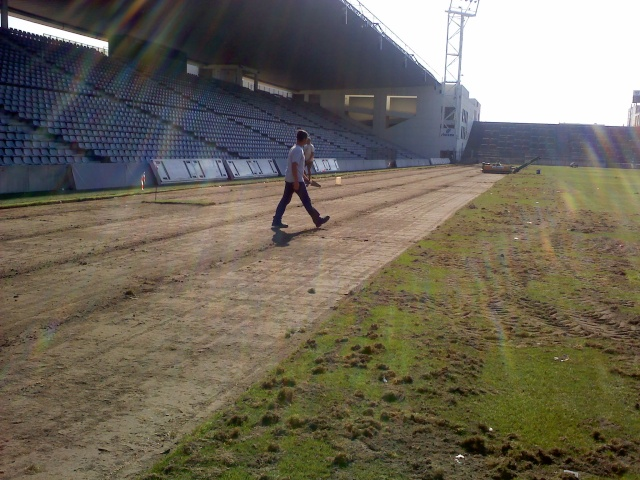 Travaux au Stade des Costières 09083110