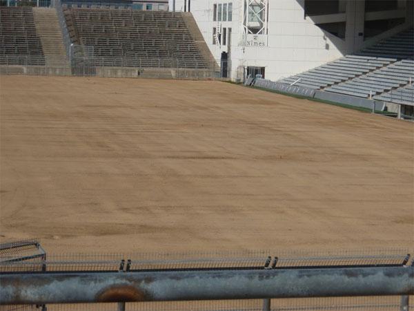 Travaux au Stade des Costières P9080011