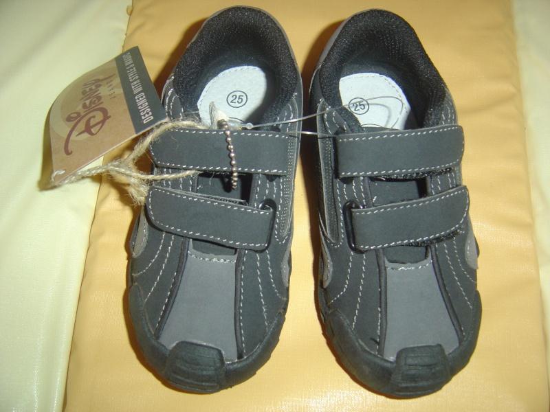Chaussure garçon et Pull en 2 ans Dsc02510