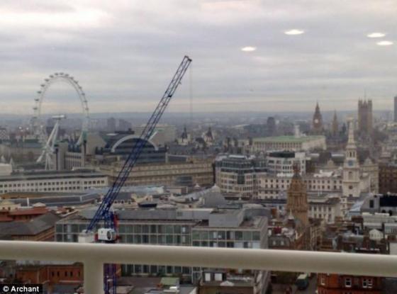 Des ovnis dans le ciel londonien ? La-pho10