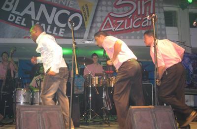 Jimmy Saa en vivo en Cali, Colombia - Página 2 Jimy_z10