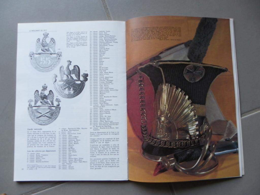 gazette Uniformes sur les aigles et Schakos du 1er EMPIRE -ALPINS-NOV3 -vendu - Ga_uni10