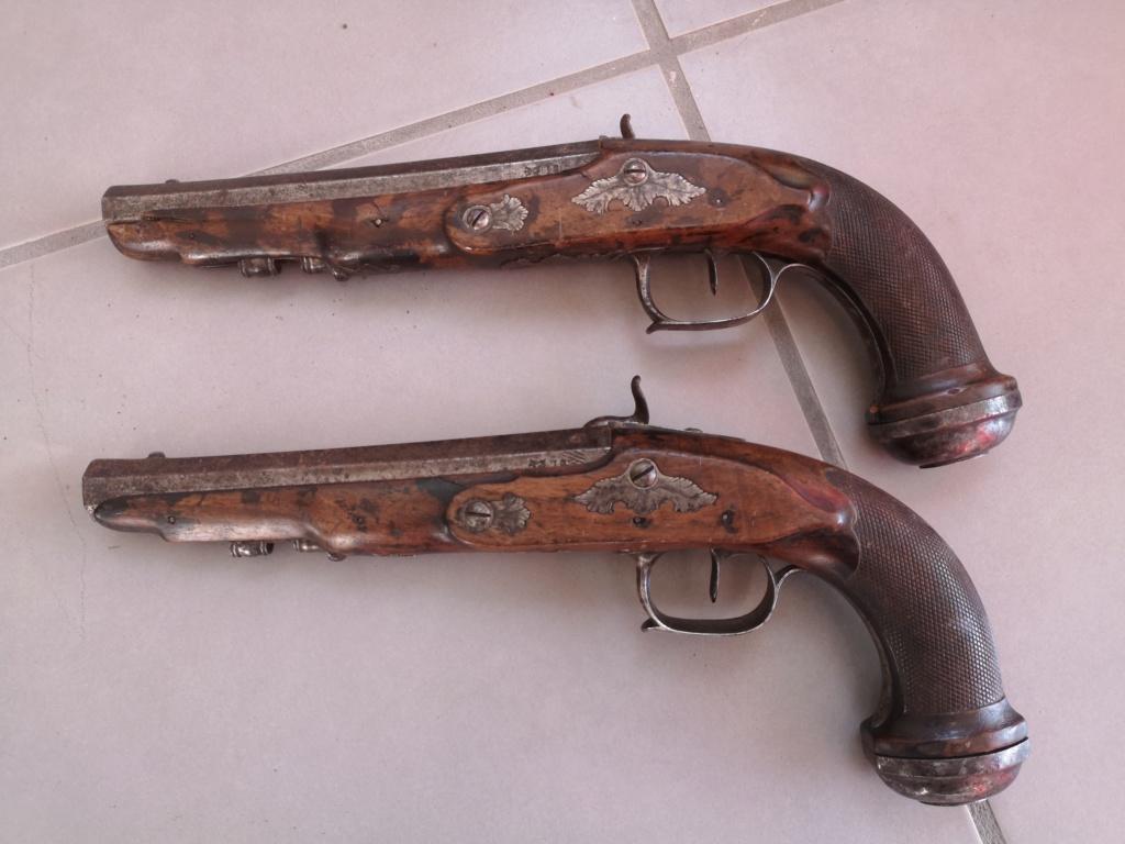 paire de pistolet Officier  Paire_12