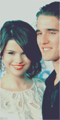 Selena Gomez & Daniel Samosas Selena13