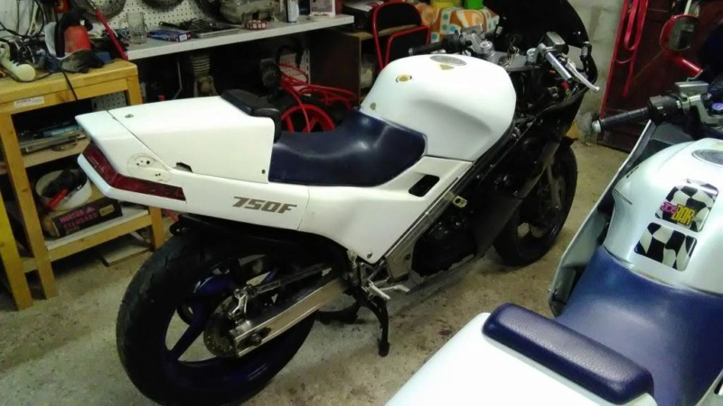Projet VFR 750 F, 6X, NW6, RK - Page 2 Img_2047
