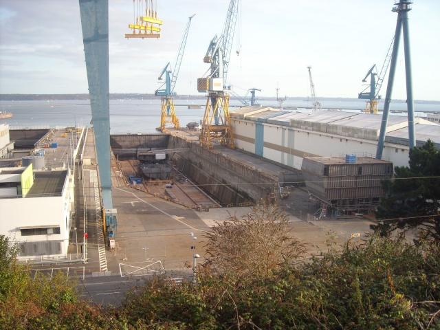 [Les ports militaires de métropole] Port de Brest - Page 4 Dscn1819