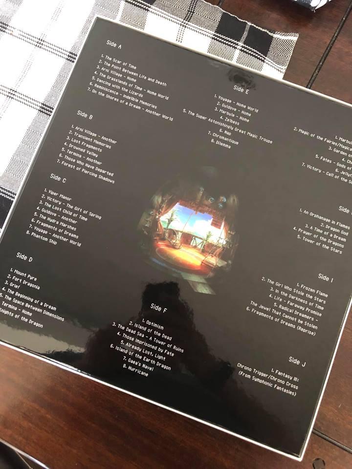 Les OST de vos jeux en vinyles - Page 11 Cross_12