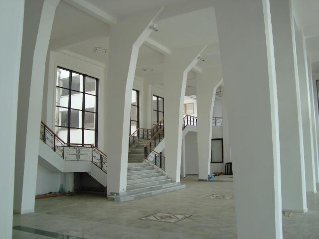 nouveau siège de l'école de Annaba Dsc00115