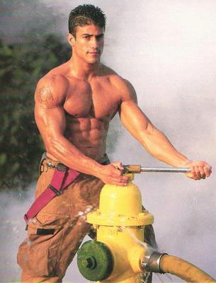 hommage aux sapeur pompiers Pompie10
