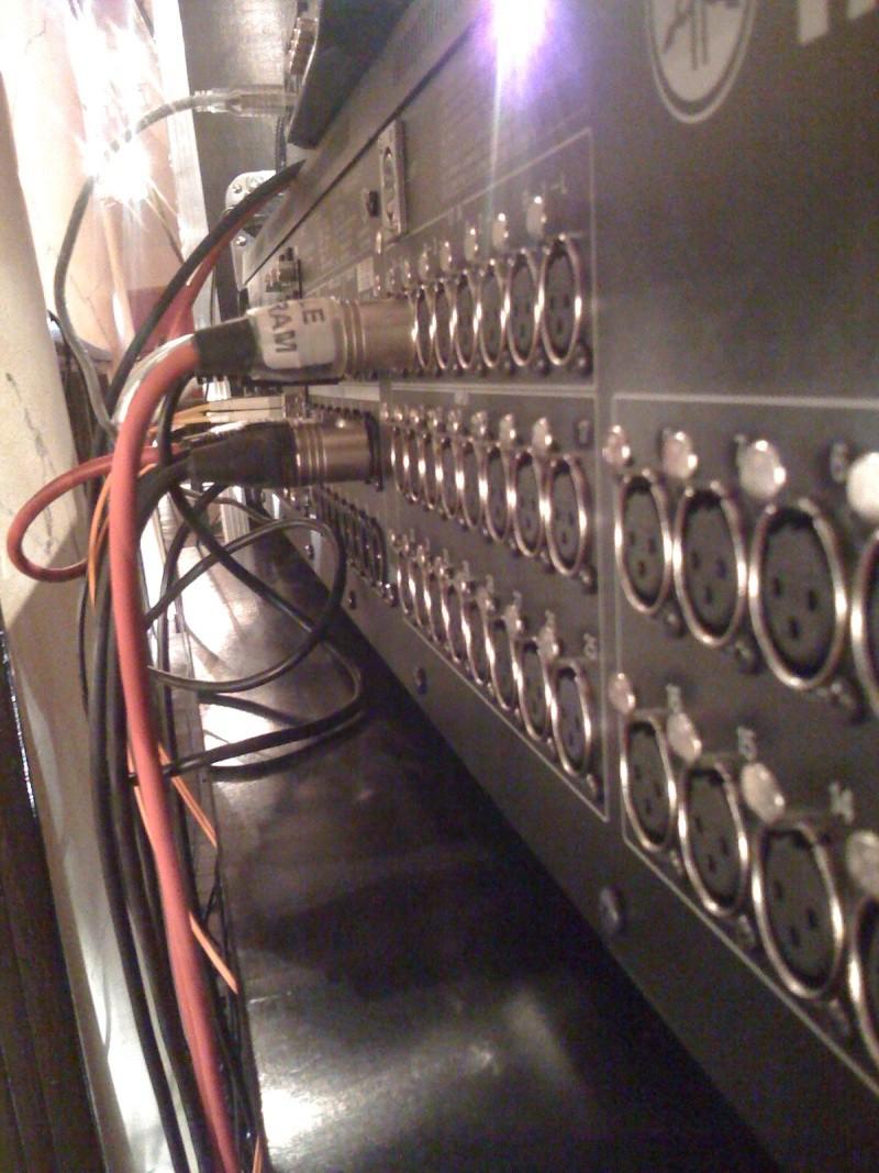 Du signal audio en entrée mais sans rien de plug !! Img_0211
