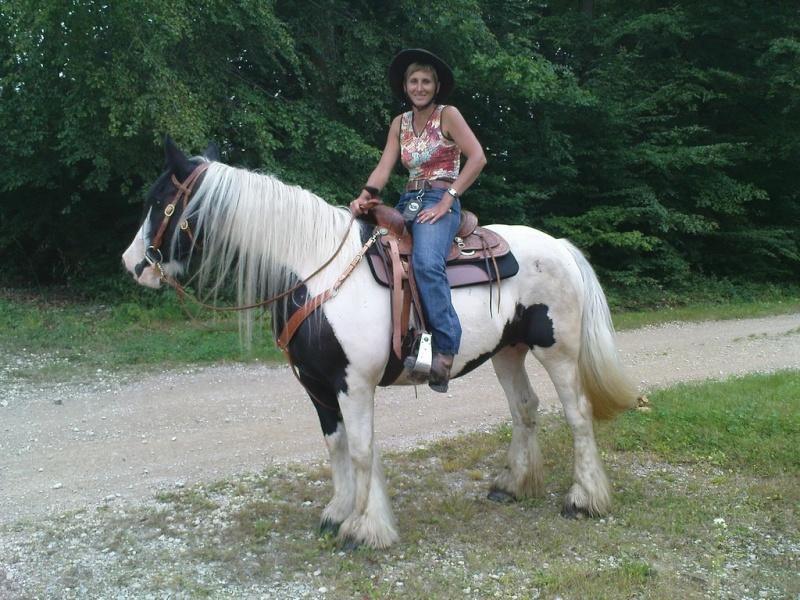 Une photo de vous et votre cheval - Page 7 Maggy310