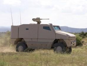Les Véhicules militaires blindés Aravis dans l'armée française Aravis10