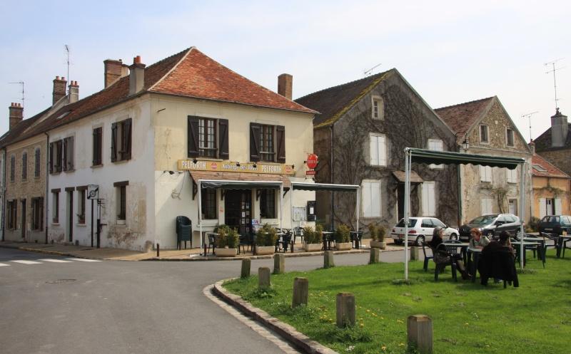 Randonnée des 3 châteaux en Sud Seine et Marne - Page 2 Img_6216