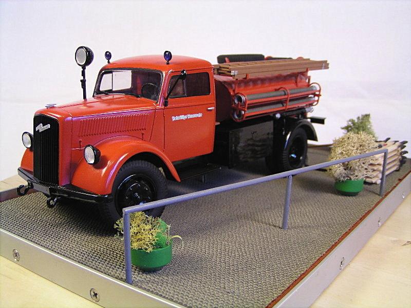 Opel Blitz Firetruck 1:24 Galeriebilder 06714