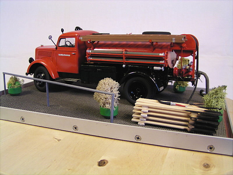 Opel Blitz Firetruck 1:24 Galeriebilder 06814