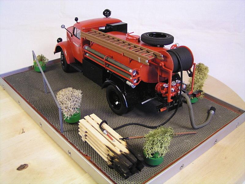 Opel Blitz Firetruck 1:24 Galeriebilder 07214