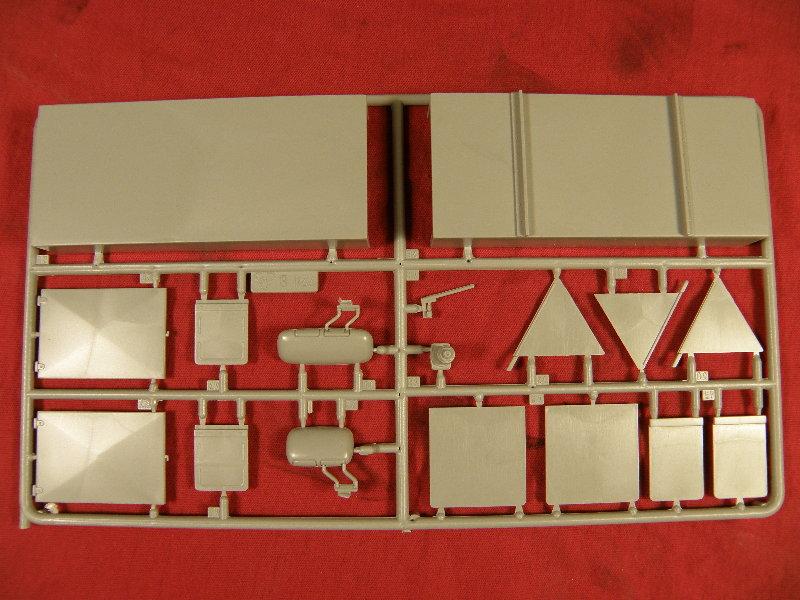 Zurüstteile für LKW 3 37310