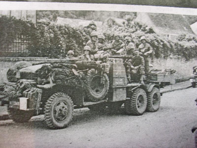 Chateau Gontier (Mayenne), véhicules à identifier - Page 4 Mayenn17