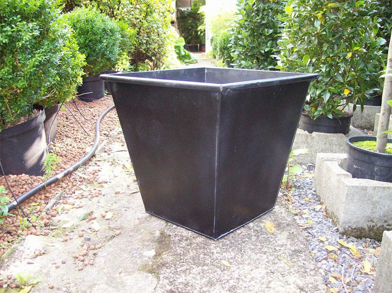recherche grand pot de couleur gris Cache-10