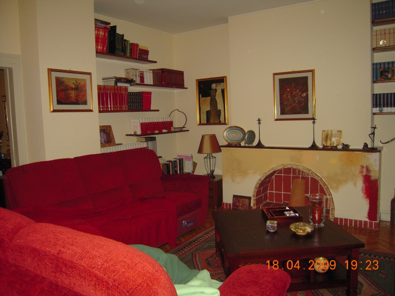 relooking du salon avec canape 39 bordeaux. Black Bedroom Furniture Sets. Home Design Ideas