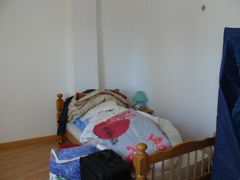 Lili dans sa nouvelle maison P1070914
