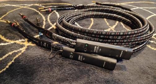 AudioQuest Rockefeller speaker cables (Used) 213
