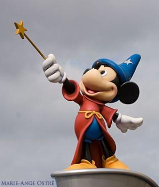 suites des hotels à disneyland Disney10