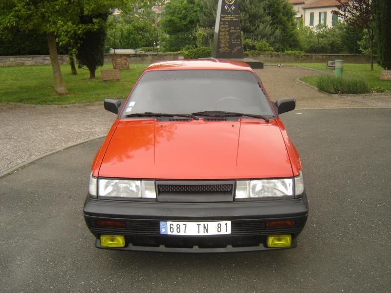 Nissan sunny 1.8 GTI 16V B12 Dsc05510
