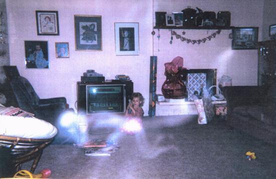 Cerita orang melalui gambar misteri....... Unexpl12