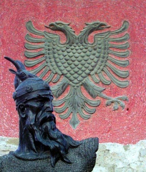 Simboli i Shqipërisë, flamuri dhe shqiponja dy krenare 5280_110