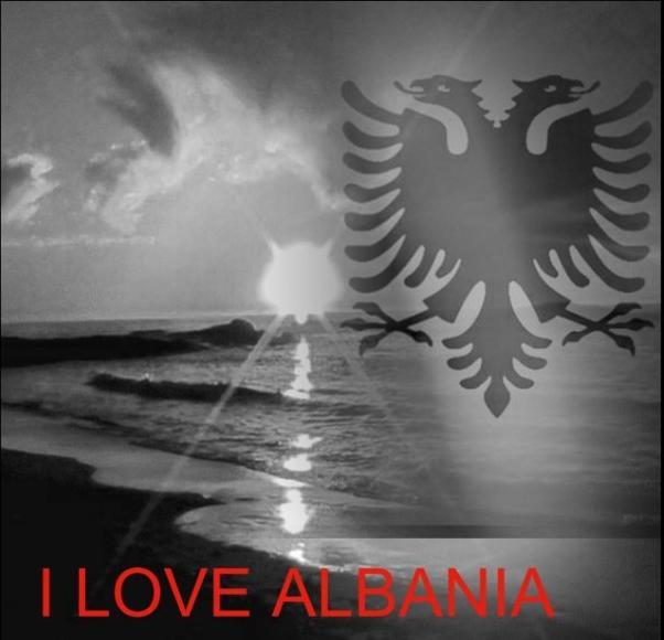 Simboli i Shqipërisë, flamuri dhe shqiponja dy krenare Shqipe10
