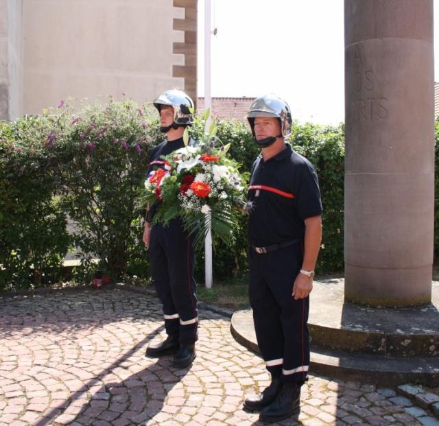 Jean-Marie et Marie-Odile Bockel à la fête de la fontaine de Wangen le 5 juillet 2009 Jm_boc35