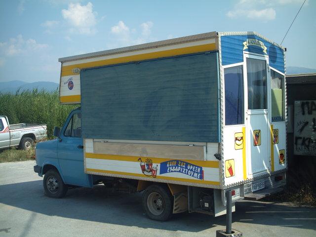 Véhicules Grecs (triporteurs, vans ...) Grece_29