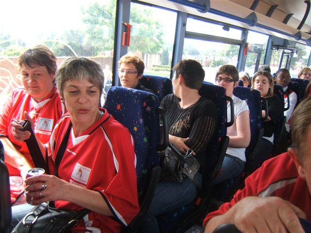 Bus mis à disposition par le club pour le déplacement à Grande Synthe Dscf3618